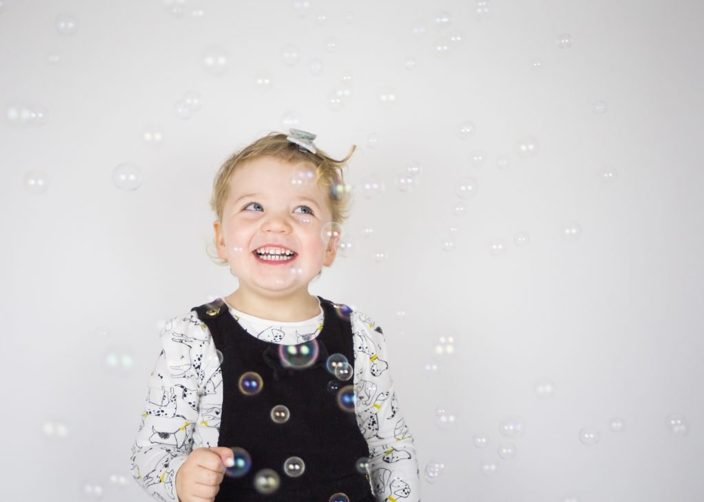 kids portrait with bubbles | photography